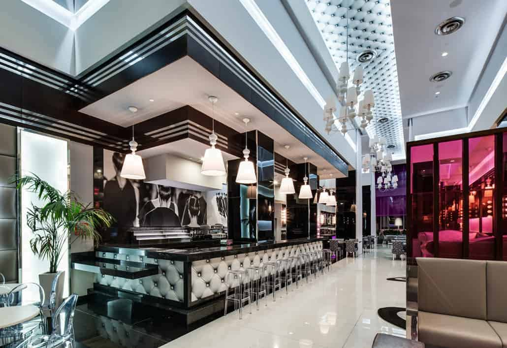The Quirky But Elegant Riu Plaza New York Times Square Hotel 2