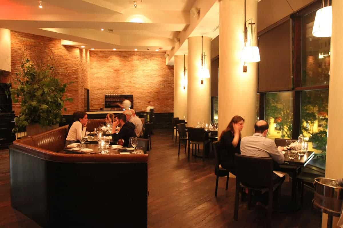 Elegant and Understated Design for Scarpetta Italian Restaurant in Philadelphia, PA 4