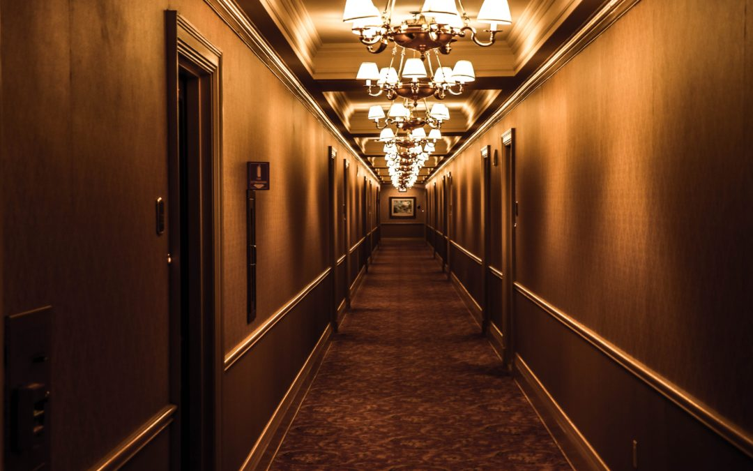 Choosing the Right Light Fixtures—A Hotelier's Guide