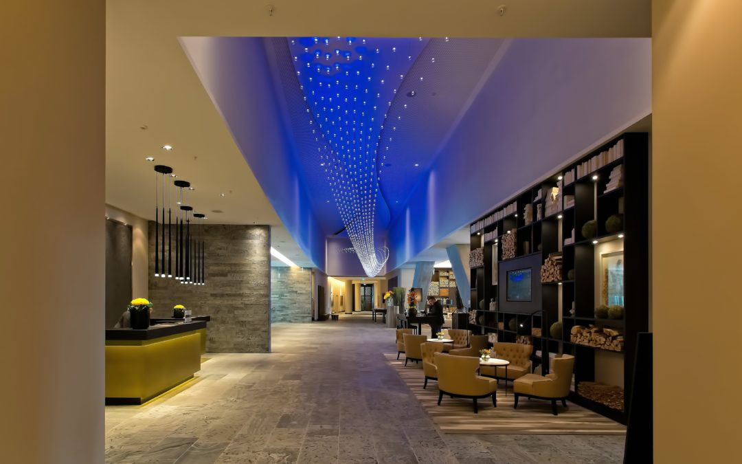 Ways Your Lighting Can Influence Your Hotel's Aesthetics